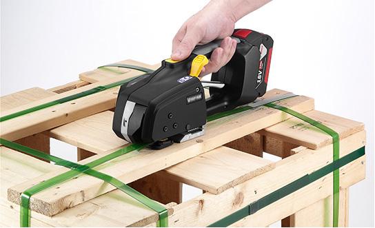 Messersi MB620 mechanický aku páskovač 12-16mm (1/2″ to 5/8″) páskovač pro PET a PP pásky s baterií & nabíječkou 4