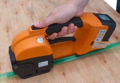 GT ONE 10-16mm (3/8″ to 5/8″) akumulátorový páskovač pro PET a PP pásky s baterií & nabíječkou 4